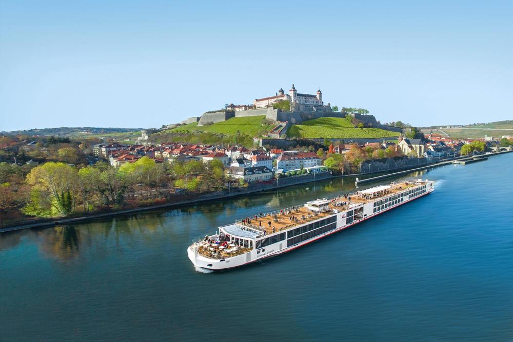 Europe-Travel-Cruise-Mona-Cecala-Consultant-Specialist-Honeymoon-Wedding