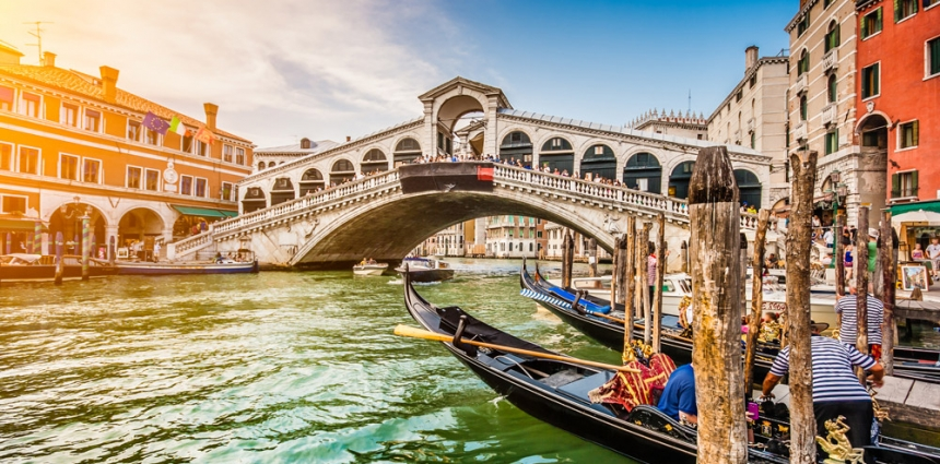 Canal-Grande-Rialto-Bridge-Venice-Italy-Europe-Travel-Love-Marriage