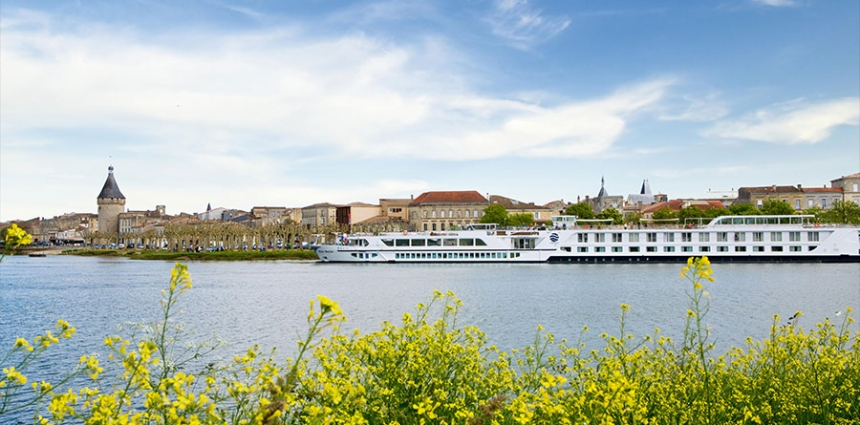 River-Cruise-Uniworld-Luxury-Travel-Europe-Schaumburg-Cruiseline-InJoy-Travel-Ship-Elk-Grove-Village