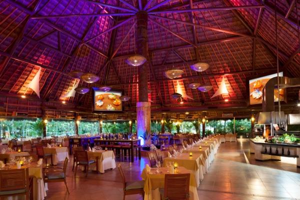 El-Dorado-Royale-Mexico-Riviera-Maya-Fuentes-Culinary-Theater-Meditation-Travel-Retreat-Group