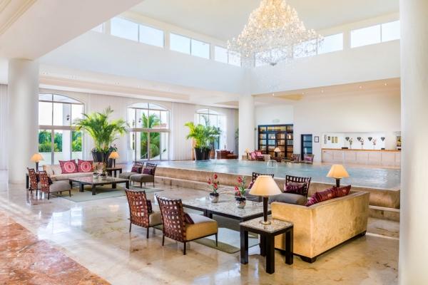 El-Dorado-Royale-Mexico-Riviera-Maya-Lobby-Interior-Travel-Group-Retreat-Chicago-Elk-Grove-Village-Mona-Cecala