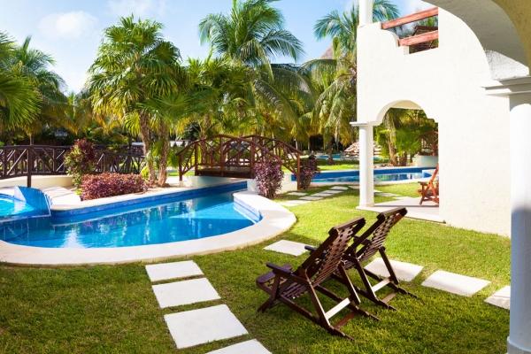 El-Dorado-Royale-Swim-Up-Suite-Room-View-Mexico-Riviera-Maya-Retreat-Vacation-Group-Travel